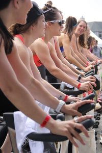 Spinning Lesson Benefits That Slim and Tone Quickly